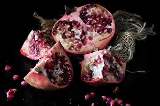 Pomegranate, Cores, Fruit, Healthy, Vitamins, Red, Eat