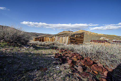 Bodie Town, Ghost Town, Rusty Canned Food, Garbage