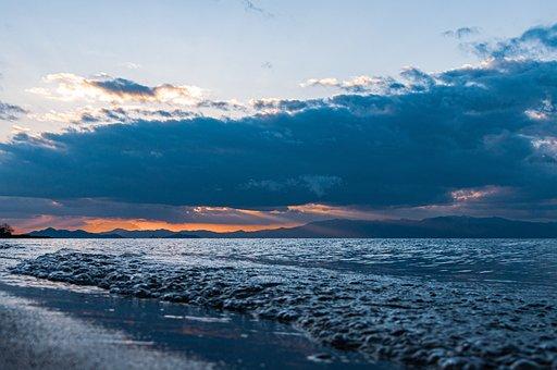 Lake, Lake Biwa, Biwa Lake In The Winter, Japan, Coast