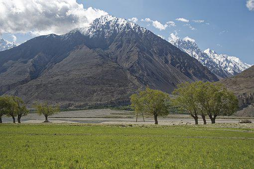 Tajikistan, Pamir, High Mountains, Pandsch Valley