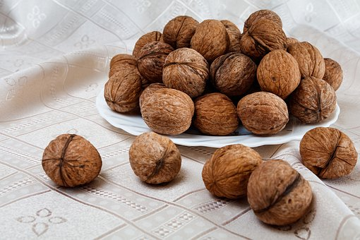 Walnuts, Nuts, Ripe, Food, Fruit, Shell