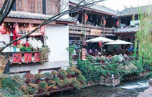 Lijiang, In Yunnan Province, Small Town, Characteristic