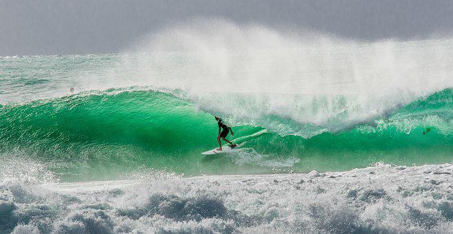 Surfing, Wollongong, Shellharbour, Surfing Barrel