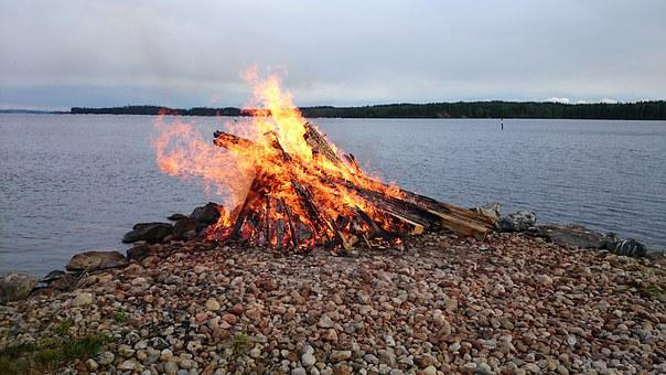 Rocky, Bonfire, Kojanlahti, Finnish, Tuusniemi