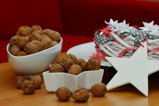 Walnuts, Nuts, Christmas, Christmas Decoration, Food