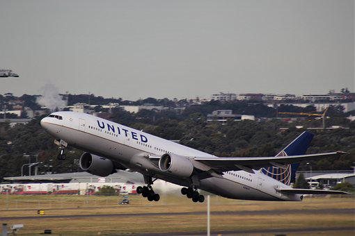 United, Airlines, Boeing 767, Take Off, Runway, Decals