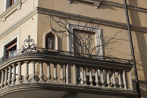 House, Facade, Verona, Italy, Building, Architecture