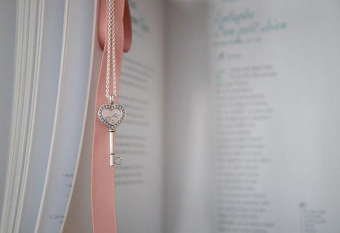 Book, Heart, Ribbon, Pendant, Valentine's Day, Romantic