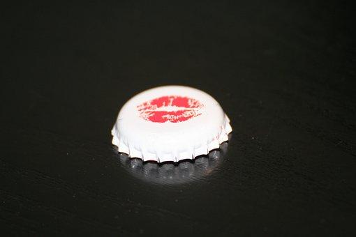 Lid, Kiss, Beer, Love, Drug, Prost, White, Mood