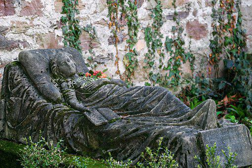 Sleeping Beautiful, Old Cemetery, Freiburg, Tombstone