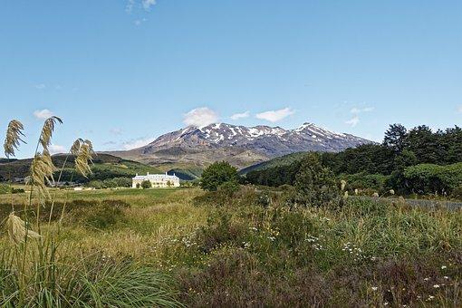 New Zealand, Tongariro National Park, Mount Ruapehu