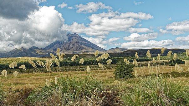 New Zealand, Tongariro National Park, Mount Ngauruhoe