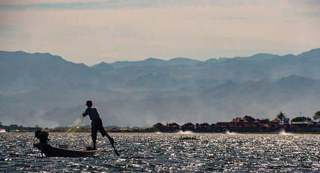 Inle Lake, Fishermen, Nyanmar, Water, Mountains