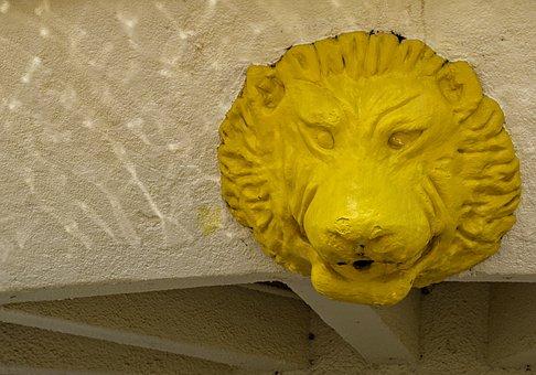 Kigali, Rwanda, Africa, Third World, Lion, Head, Art