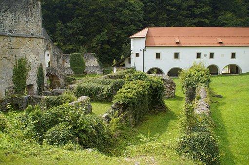 Zice, Seiz, Slovenia, Places Of Interest
