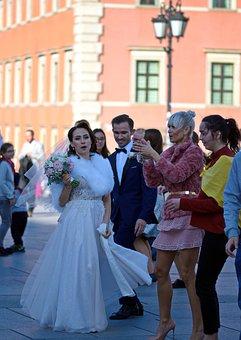 Bride, Dress, White, Bouquet, Flowers, Company, People