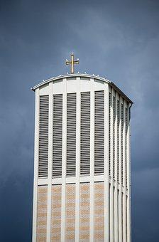 Church, Steeple, Frankfurt, Pigeons, Cross, Building