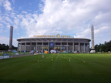 Playing Field, Rush, Frankfurt, Commerzbank, Arena