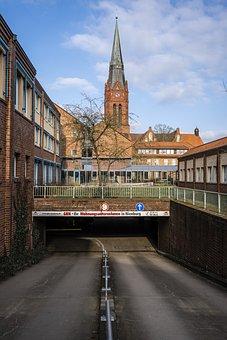 Nienburg, Weser, Church, Steeple, Fachwerkhäuser
