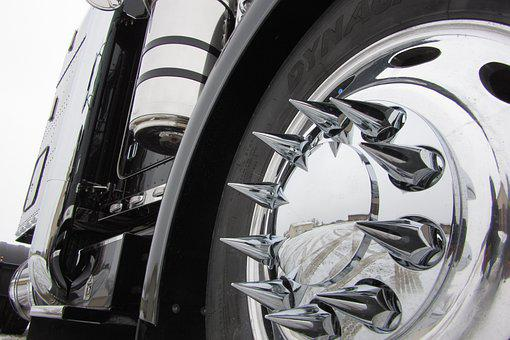 Peterbilt 379, Chrome, Spikes, Reflection, Semi Truck