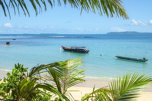 Indonesian Boats, Ocean, Shore, 2018