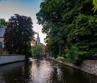 Bruges, Belgium, Channel, Historically