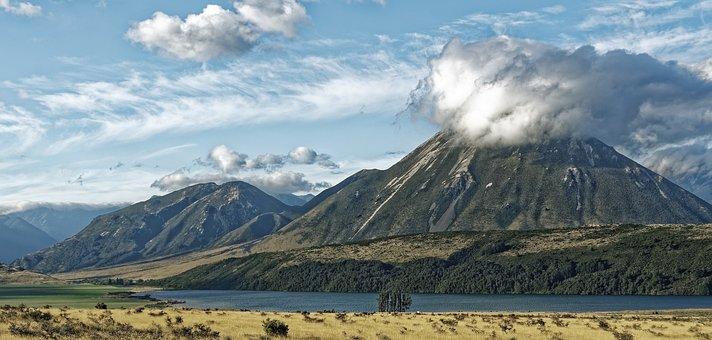 New Zealand, Craigieburn Forest Park, Waimakariri River
