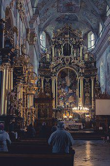 Leżajsk, Monastery, The Altar, Historically