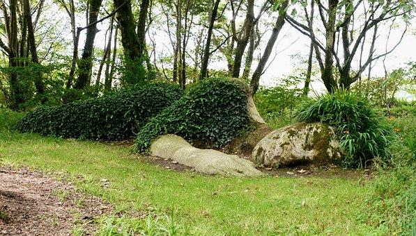 Sleeping Statue, Lost Gardens Of Heligan, Cornwall