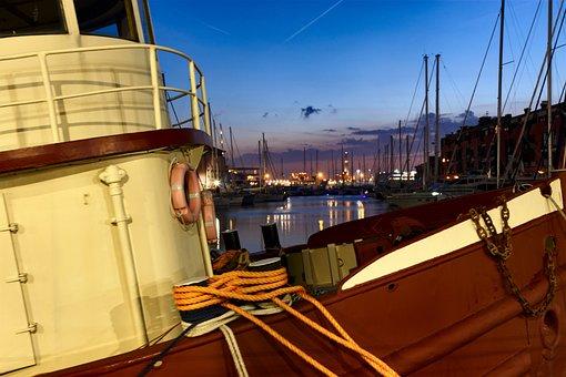 Lantern, Genoa, The Old Port, Italy, Night, Sea, Clouds