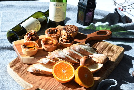 Bread, Baguette, Wine, Brunch, Tarts, Walnut Tarts
