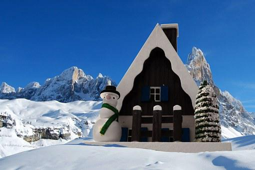 Smoked Cottage, Christmas, Dolomites, Snow, Mountains
