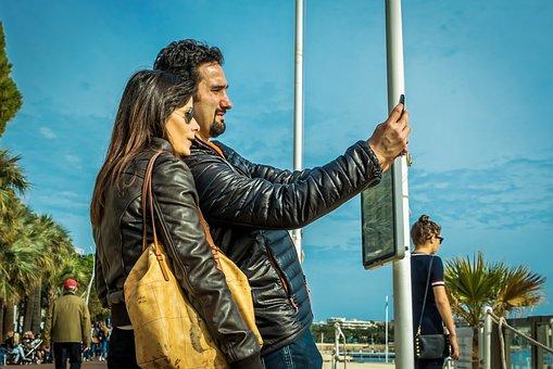 Selfie, Man, Woman, Couple, Beach, Palm Trees, Sunny
