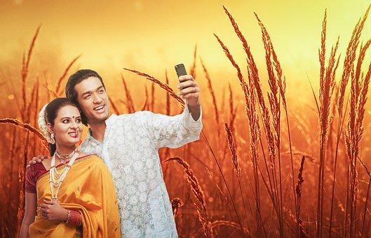 Cute Couple, Selfie Wallpaper