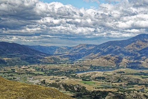 New Zealand, Wakatipu Basin, Mountains, Lake Wakatipu