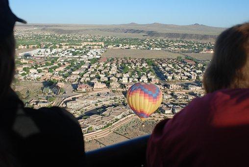 Hot Air Balloon, Ballooning, Above Town, Albuquerque Nm