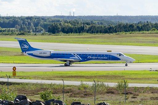 Stockholm-Arlanda, Summer, Airport