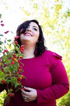 Rose Hip, Autumn, Sunshine, Woman, Curvy, Brown Hair