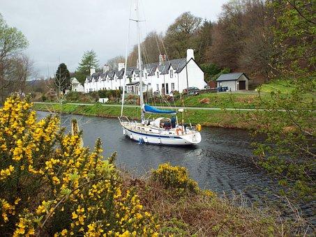 Boat, Boating, Cairnbaan, Scotland, Uk