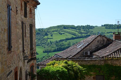 France, Cordes-sue-ciel, Landscape, Castle