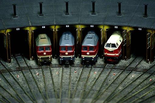 Model Railway, Locomotive Shed, Diesel Locomotives
