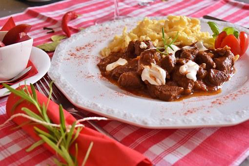 Goulash, Meat, Wild Game Meat, Game Goulash, Court