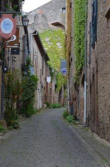 Cordes-sur-ciel, Sw France, France, Architecture