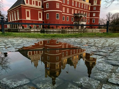 Water Level, Mirroring, Castle, Cobblestones, Water