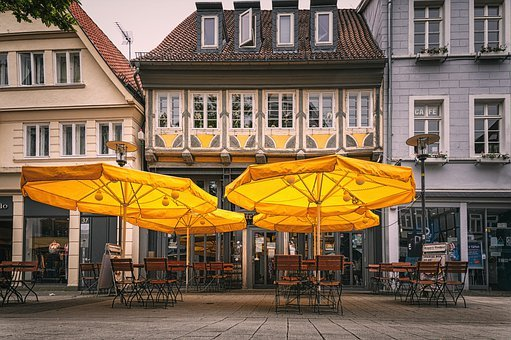 City, Downtown, Beer Garden, Parasol, Cityscape, Chairs