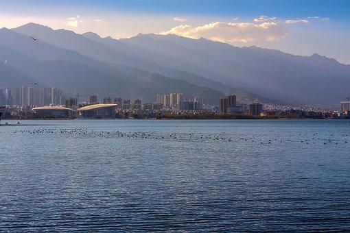 Asia, China, In Yunnan Province, Dali, Erhai Lake