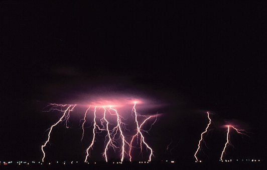 Norman, Oklahoma, Lightning, Dangerous, Bolt