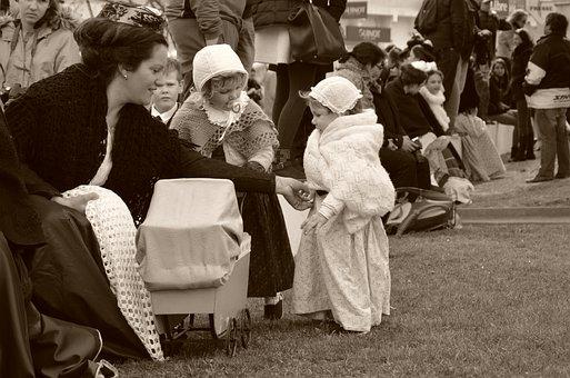 Former, Mom, Children, Girls, Gardian, Sepia