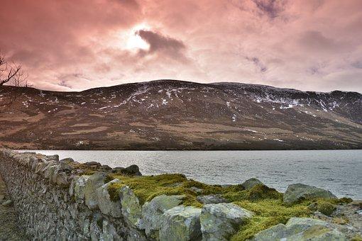Uk, Scotland, Cairngorms National Park, Loch Lee
