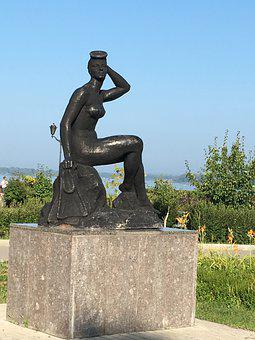 Statue, Bather, Woman, Figure, Art, Swimmer, Swim, Sky